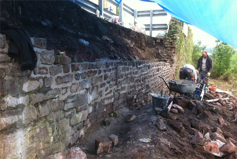 Rebuilding a stone wall for the Avon Gorge Hotel