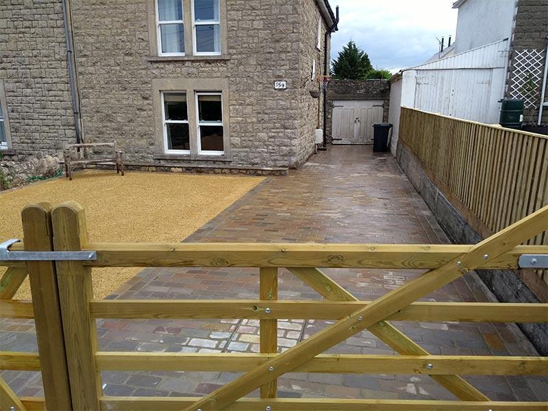 Sandstone cobbled driveway in Bristol